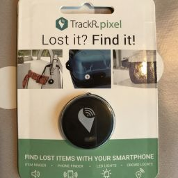 TrackR pixel in packaging