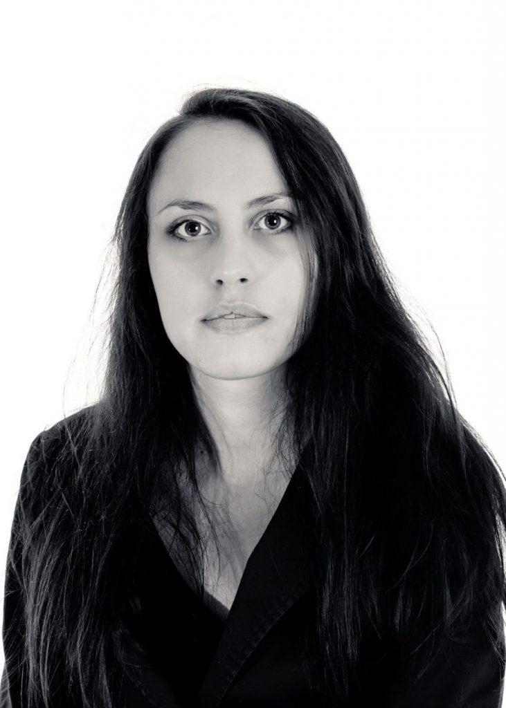 Sandra Koutzenko author