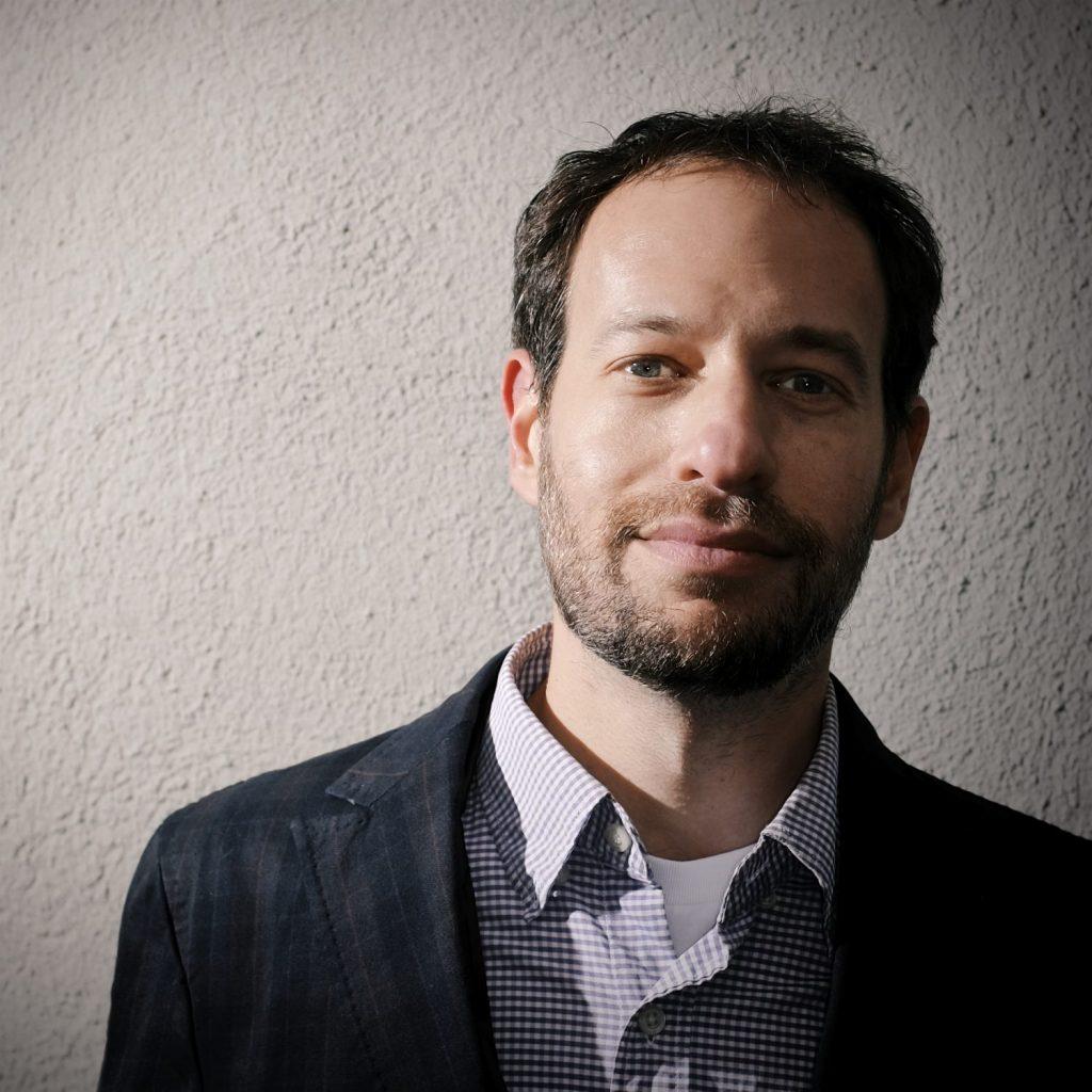 Lee Matthew author