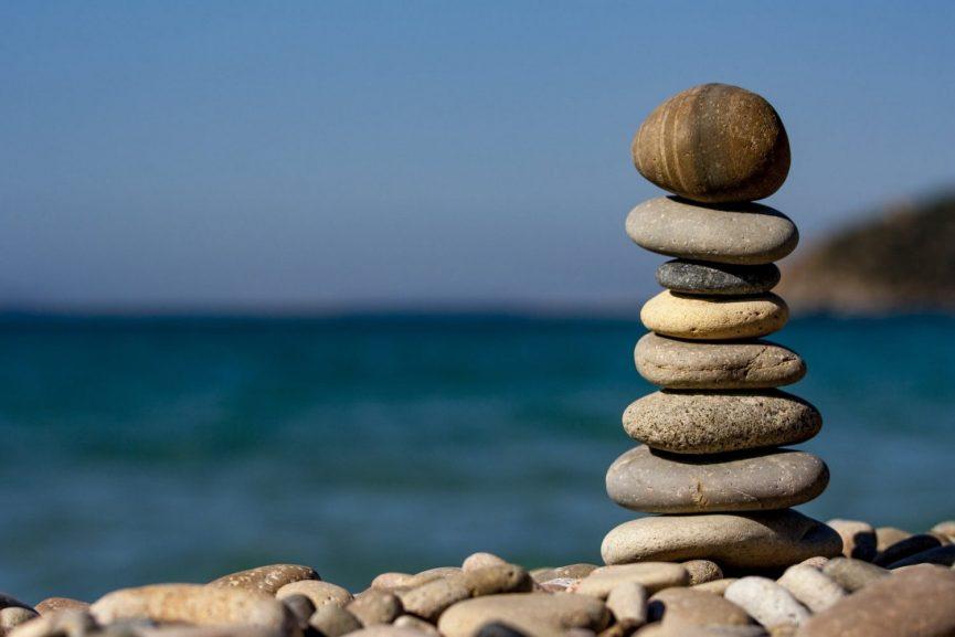 balance macro ocean pebbles